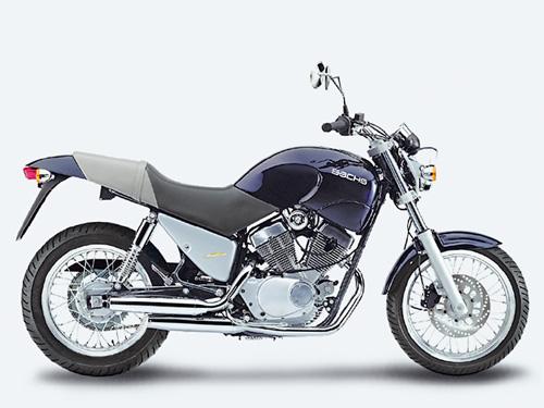 tourer 125 ccm gebraucht gedrosselt auf 80 125er tourer naked bikes motorrad online24. Black Bedroom Furniture Sets. Home Design Ideas